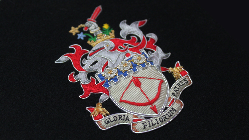 custom crest embroidery