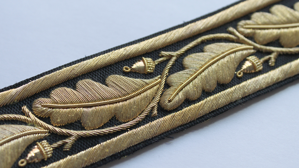 embroidered naval belt close up