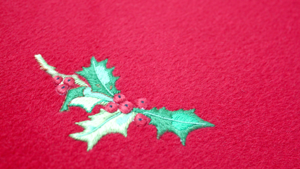 holly xmas silk embroidery