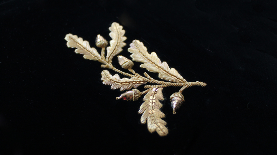 oakleaf embroidery