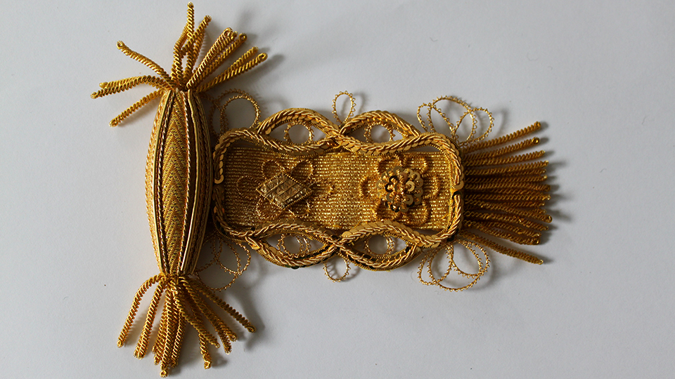 uk ceremonial robe ornament