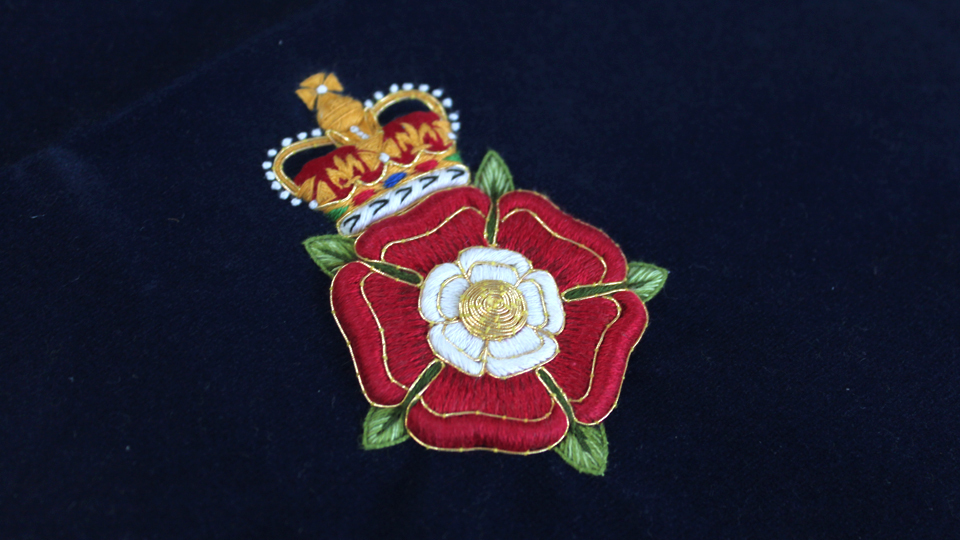 york rose tudor cap embroidery