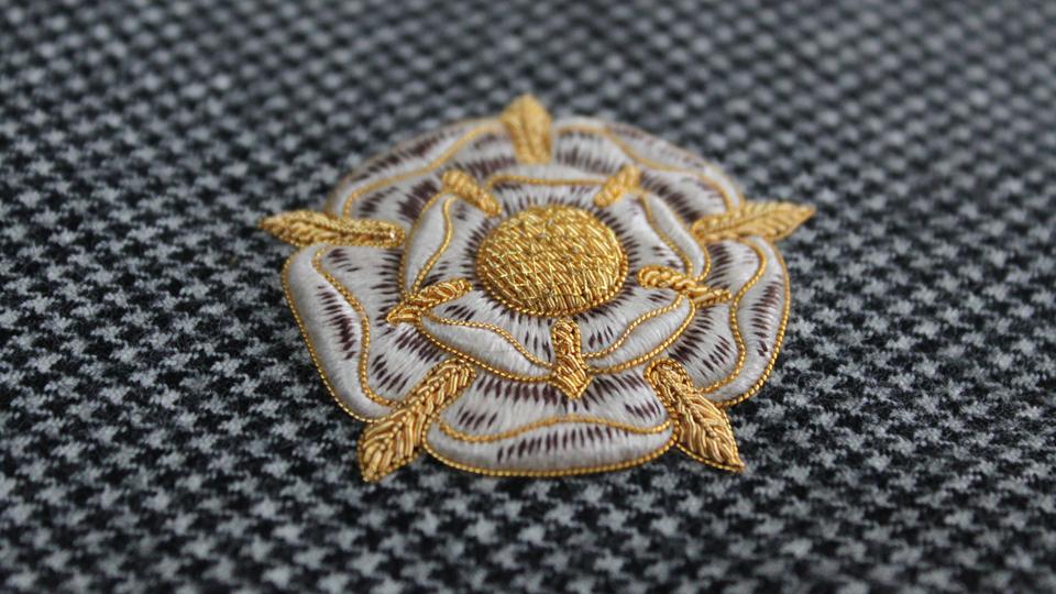 custom crest embroidery