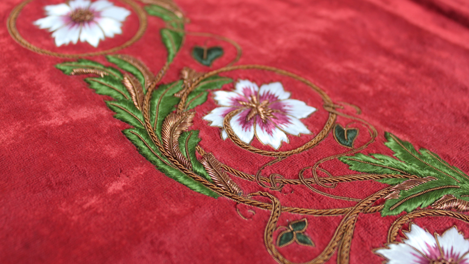 floral embroidered curtain edge