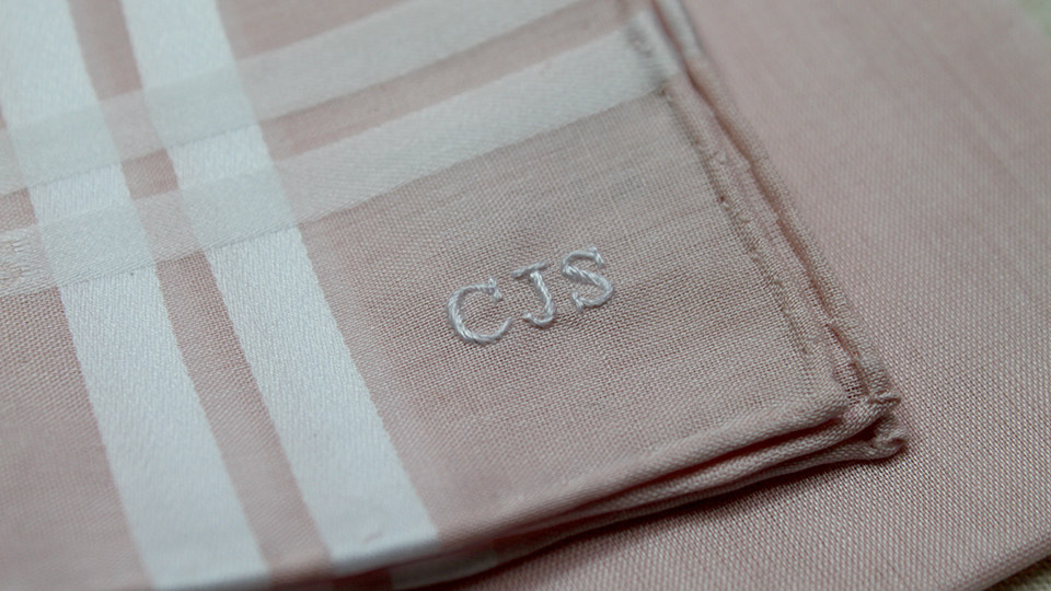 Monogram onto hankie