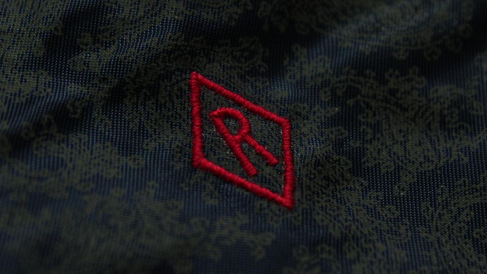 diamond embroidered lining