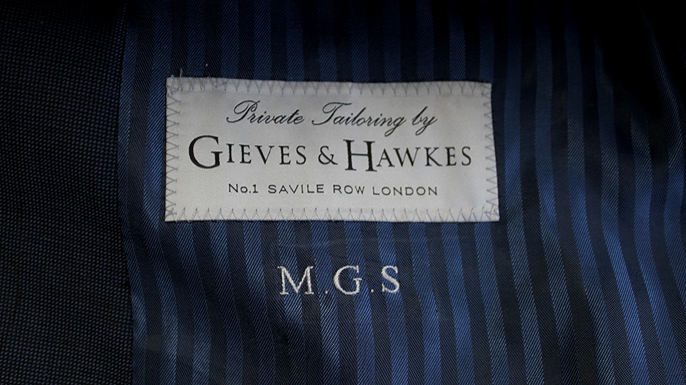 gieves label lining embroidery