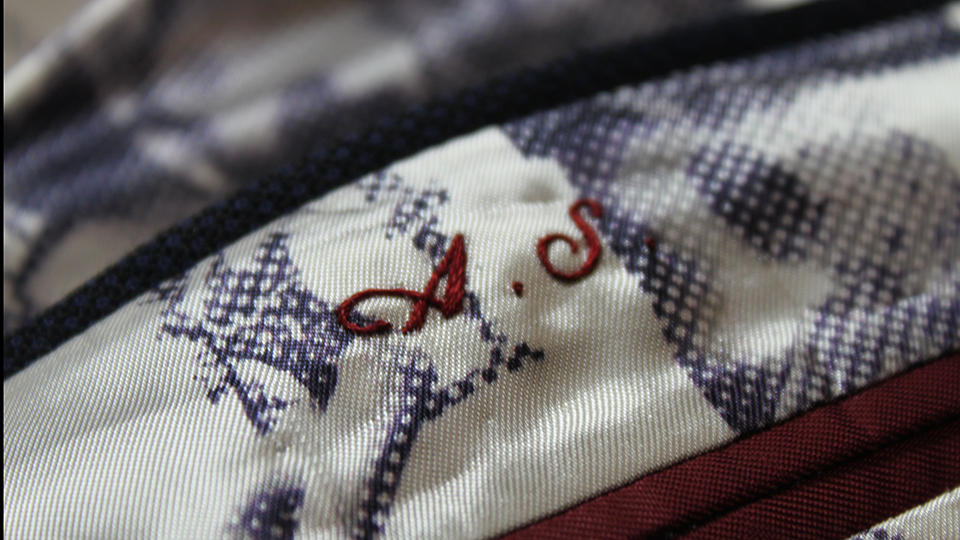 monogrammed printed lining embroidery