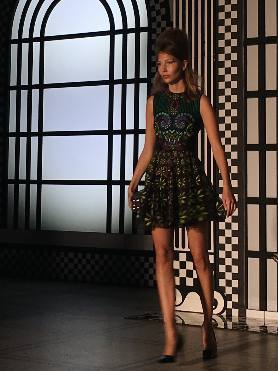 Hawthorne & Heaney at Holly Fulton's Retrospective London Hand Embroidery